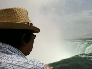 Hubby overlooking Horseshoe Falls